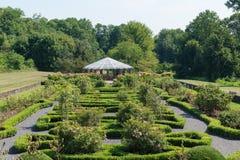 Газебо в саде парка Стоковые Изображения