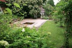 Газебо в саде. Ratiborice, чехия. Стоковое Изображение