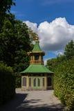 Газебо на королевском дворце, Drottningholm, Стокгольм, Швеция 02 08 2016 Стоковые Изображения RF