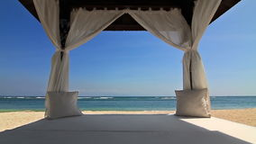 Газебо на пляже