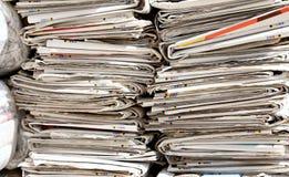 Газеты уже прочитали центр собрания для экологического были Стоковое Фото