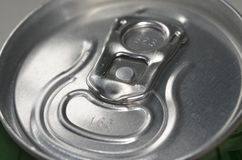 Газированные пить соды могут звенеть крышка тяги Стоковое фото RF