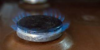 Газовая горелка в кухне стоковое изображение rf