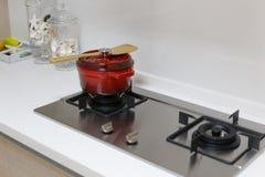 Газовая плита и stewpan Стоковая Фотография RF