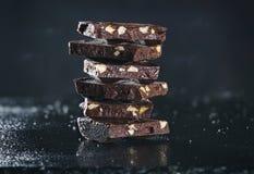 гайки горькmGs шоколада Стоковые Изображения RF