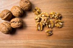 Гайки и ореховая скорлупа Стоковая Фотография