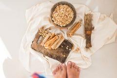 Гайки и waffles кокоса Стоковая Фотография RF