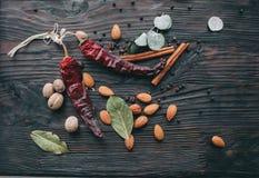 Гайки, специи и еда Стоковое Фото