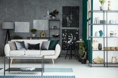 Галерея в интерьере живущей комнаты Стоковые Изображения