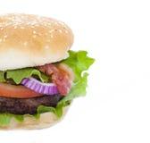 Гамбургер бекона изолированный на белизне Стоковые Фотографии RF