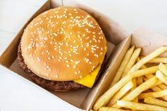 Гамбургер фаст-фуда Стоковые Изображения