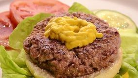 Гамбургер акции видеоматериалы