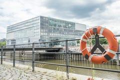 Гамбург, Германия - 14-ое июля 2017: Здания радиовещательной станции ZDF Германии расположены близко к Стоковая Фотография
