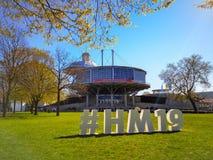 Ганновер, Германия - апрель 2019: Знак Hashtag для варианта 2019 Ганновер Messe снаружи на ярмарочных площадях стоковые изображения rf