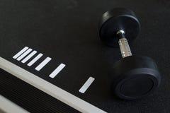 Гантели для поднятия тяжестей Стоковое Изображение RF