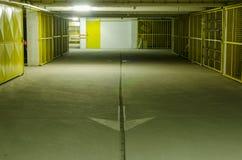 Гараж стоянкы автомобилей Стоковая Фотография RF