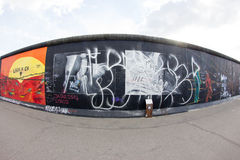 Галерея Ист-Сайд - искусство и граффити улицы в Берлине, Германии Стоковое Изображение RF