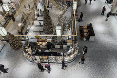 Галерея покупок на времени рождества Стоковое Изображение