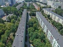 Гданьск полирует город, дома блока плоские, высокую плотность, деревья, вид с воздуха стоковое фото rf
