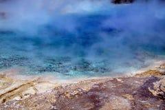 Гейзеры 18 национального парка Йеллоустона Стоковые Фото
