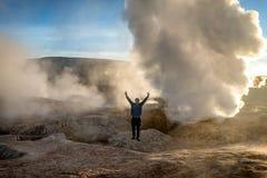 Гейзер в природном заповеднике Eduardo Avoroa, Боливии стоковое фото