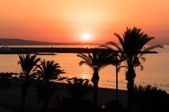 Гениальный восход солнца пляжа назначения каникул, Yasmine Hammamet, Тунис, Африка стоковые изображения rf