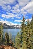 Гениальное озеро смычк и гора Стоковая Фотография