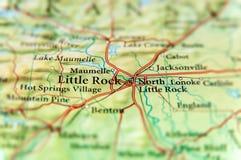 Географическая карта штата США Арканзаса и меньшего конца города утеса стоковая фотография
