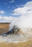 геотермический сброс пара ландшафта Исландии вулканический Стоковое Фото
