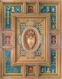 Герб семьи Папы Pius IV Medici в базилике St. John Lateran в Риме стоковое фото