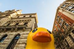 Гигантская резиновая утка в Бильбао Стоковые Изображения RF