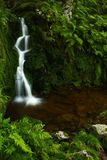 гигантские горы складывают поток вместе Стоковая Фотография RF