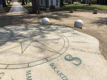 Гигантский компас утеса на пляже Morib, стоковое изображение rf