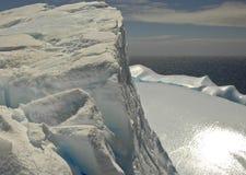 гигантский океан айсберга южный Стоковая Фотография