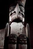 гигантский totem inuit стоковые фотографии rf