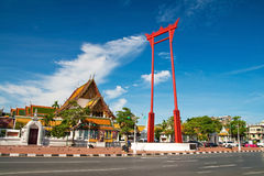 Гигантское качание, висок Sutat, Бангкок стоковая фотография