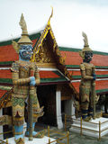 Гигант в буддийском виске тайском вызванном Яке Стоковое Изображение