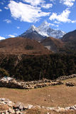 Гималаи dablam ama Стоковая Фотография