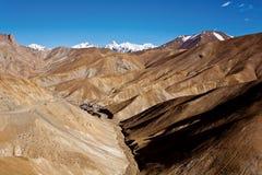 Гималайский ряд около пропуска FotoLa, Ladakh, Джамму и Кашмир, Индии Стоковые Изображения RF