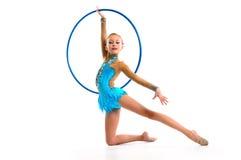 гимнаст с обручем стоковые фотографии rf