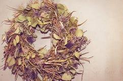 Гирлянда от высушенных цветков Стоковые Изображения