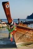 Гирлянды на шлюпке longtail в Таиланде Стоковая Фотография