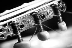 Гитара детали в черно-белом цвете стоковое фото rf