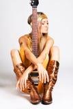 гитара электрической девушки золотистая Стоковое Изображение RF