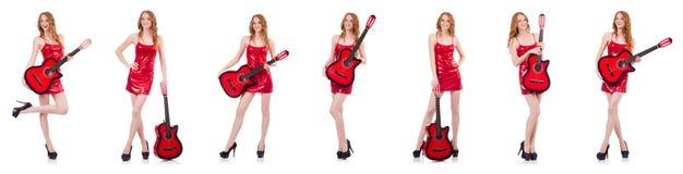 Гитарист изолированный на белизне стоковые фотографии rf