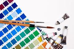 Гид диаграммы цвета, щетки и трубка краски Стоковые Изображения RF