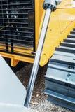 Гидротехник трактора для подниматься ведра стоковые изображения