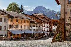 Главная площадь - Gruyeres - Швейцария стоковое фото rf