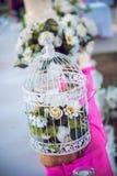 Главная таблица на свадьбе - свадебный пирог Стоковые Фотографии RF