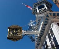 главная улица guildford часов Стоковые Фото